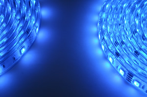 RGB 300LED vs. 150 LED blue