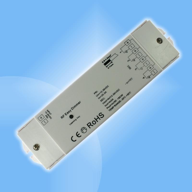 Rádiový prijímač k 10 alebo 1 kanálovému radiovému ovládaču