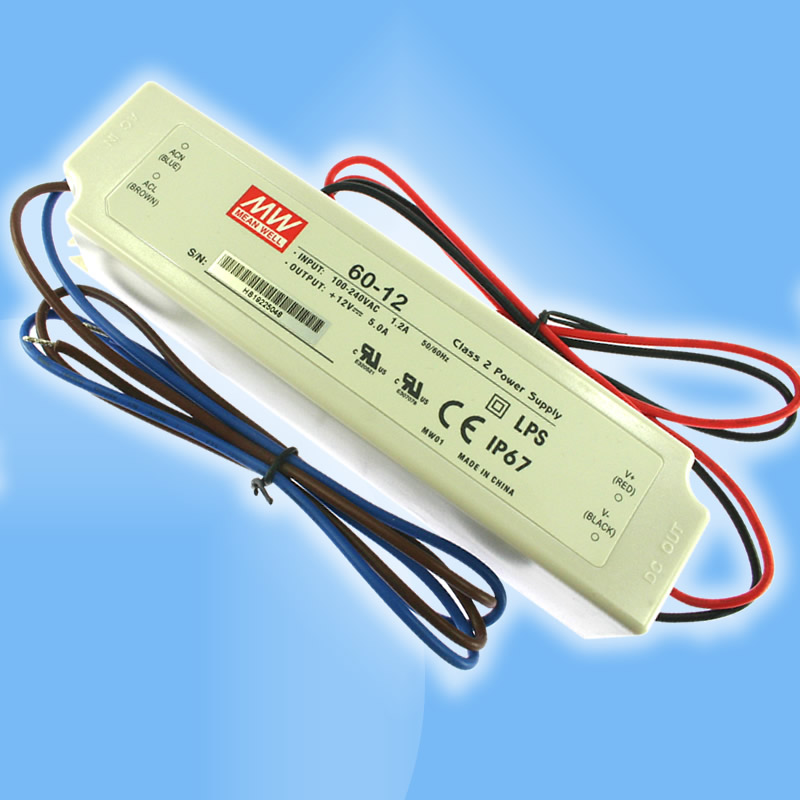 60W napäťový zdroj vhodný pre LED pásy s 12V alebo 24V DC napájaním