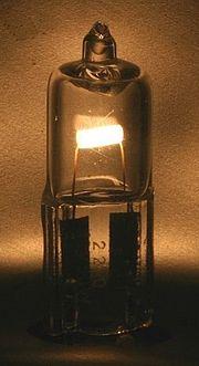 Halogénová žiarovka je žiarovka plnená halogénovým plynom, napr. jódom či brómom.